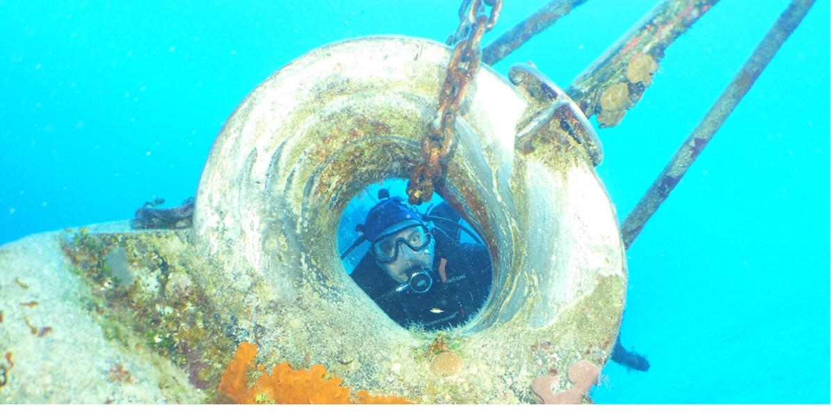 Greg on Bow of Cayman Wreck